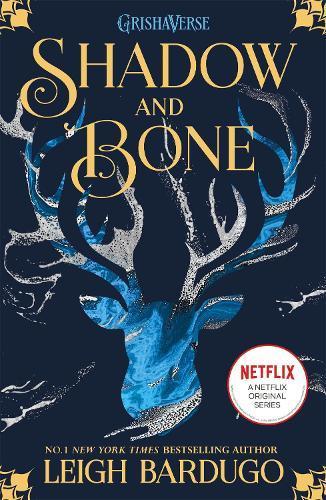 Shadow and Bone: Now a Netflix Original Series: Book 1