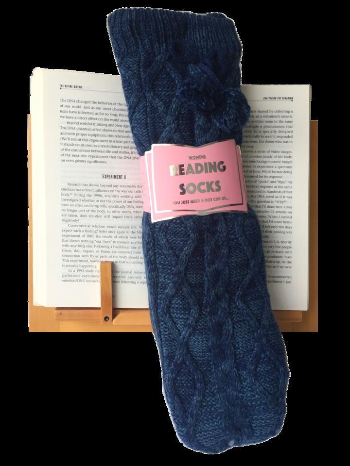 Reading Socks Navy CableKnotWomens