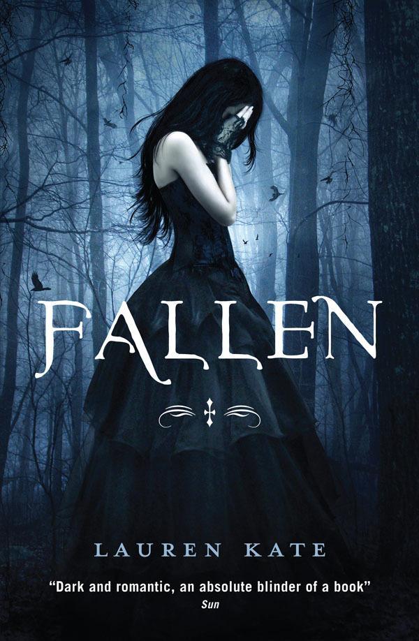Fallen: Book 1 of theFallenSeries